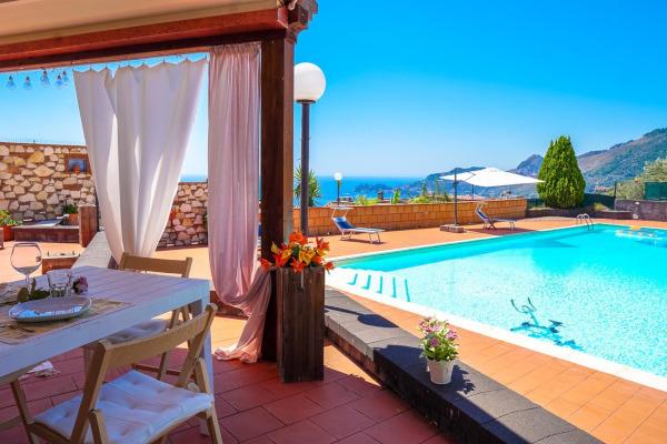 casa con piscina en Sicilia